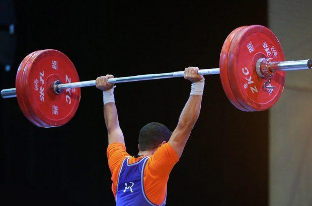 مربیان و ورزشکاران کرمانی آموزش وزنه برداری میبینند