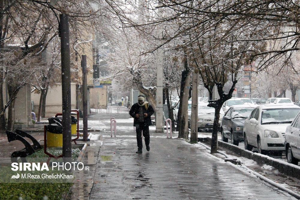 گزارش تصویری اولین برف زمستانی سیرجان در سال ۹۶