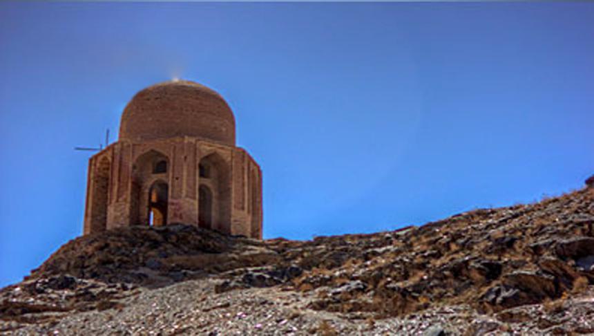 بنای تاریخی شاه فیروز