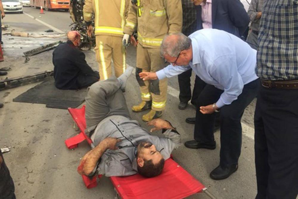 تصادف در مسیر فرودگاه امام در حضور ربیعی وزیر رفاه
