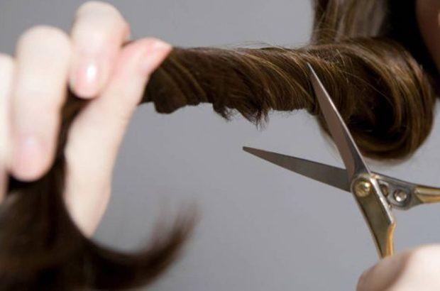 کوتاه کردن موی ۹ دانش آموز توسط معلم!