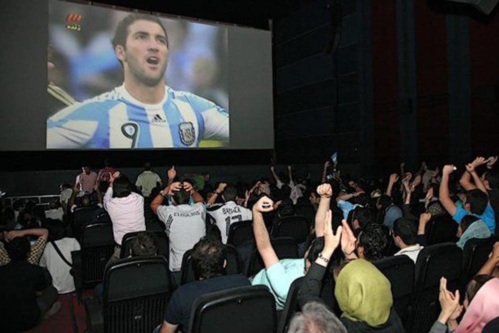 شرایط نمایش فوتبال در سینماها اعلام شد