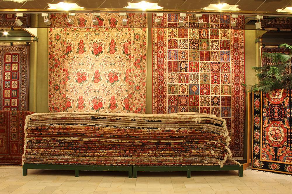 بافت و صدور ۳۵۳ هزار مترمربع فرش دستباف در استان کرمان