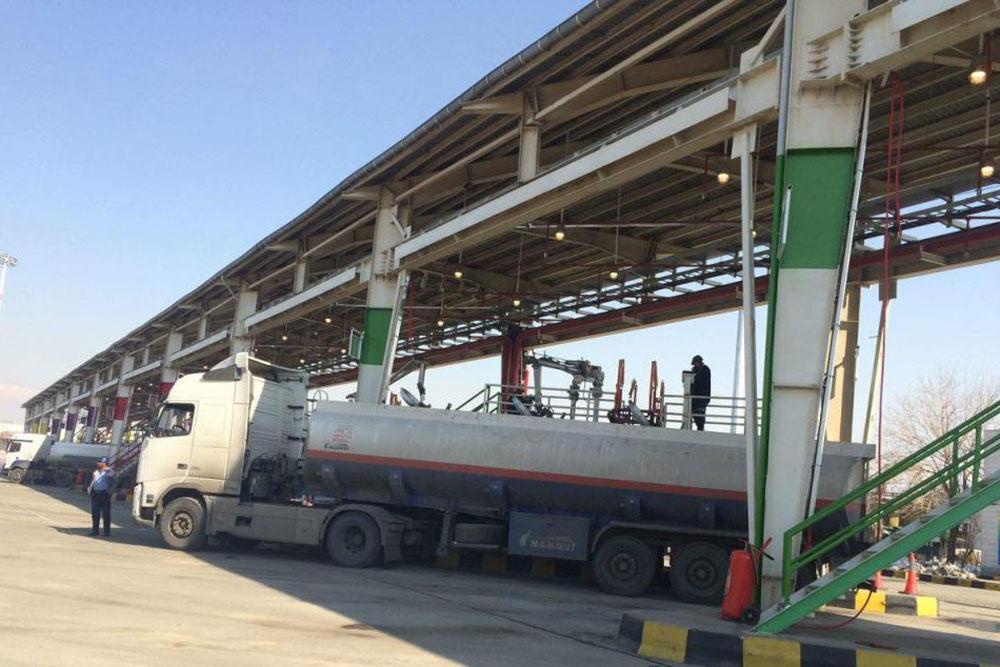 کامیون داران کرمانی به چرخه عرضه سوخت بازگشتند