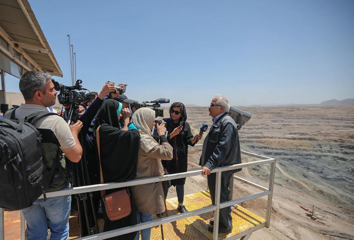 انتقال آب خلیج فارس تا شهریور ماه به سیرجان