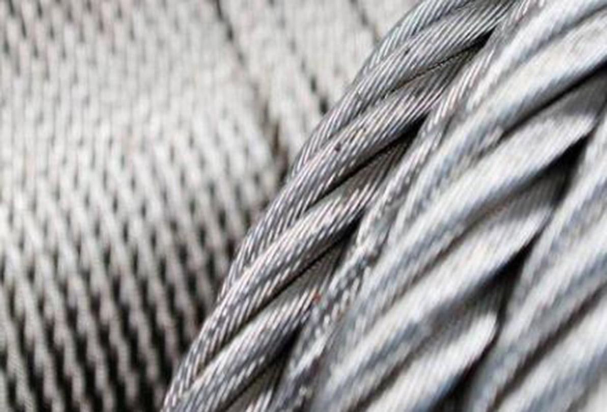 سالانه ۶۰ هزار تن طناب فولادی در سیرجان تولید میشود