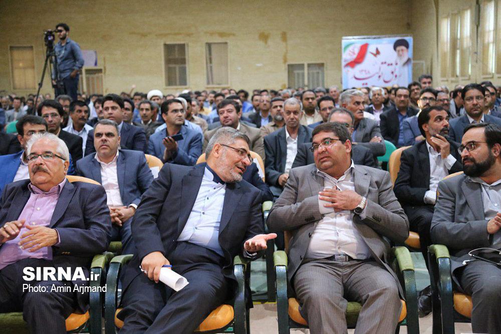 مراسم تکریم و معارفه فرماندار سیرجان برگزار شد
