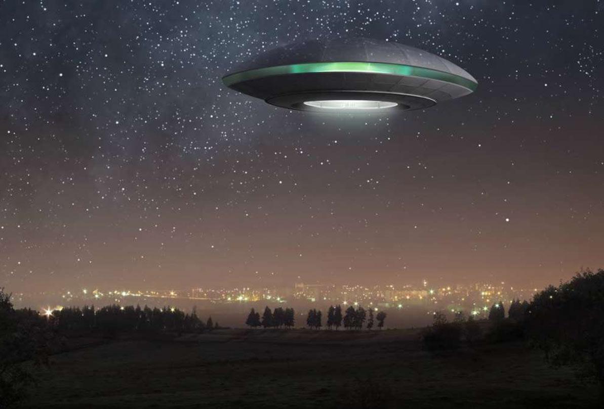 هجوم ۴۰۰ هزار نفری برای دیدن بیگانگان فضایی