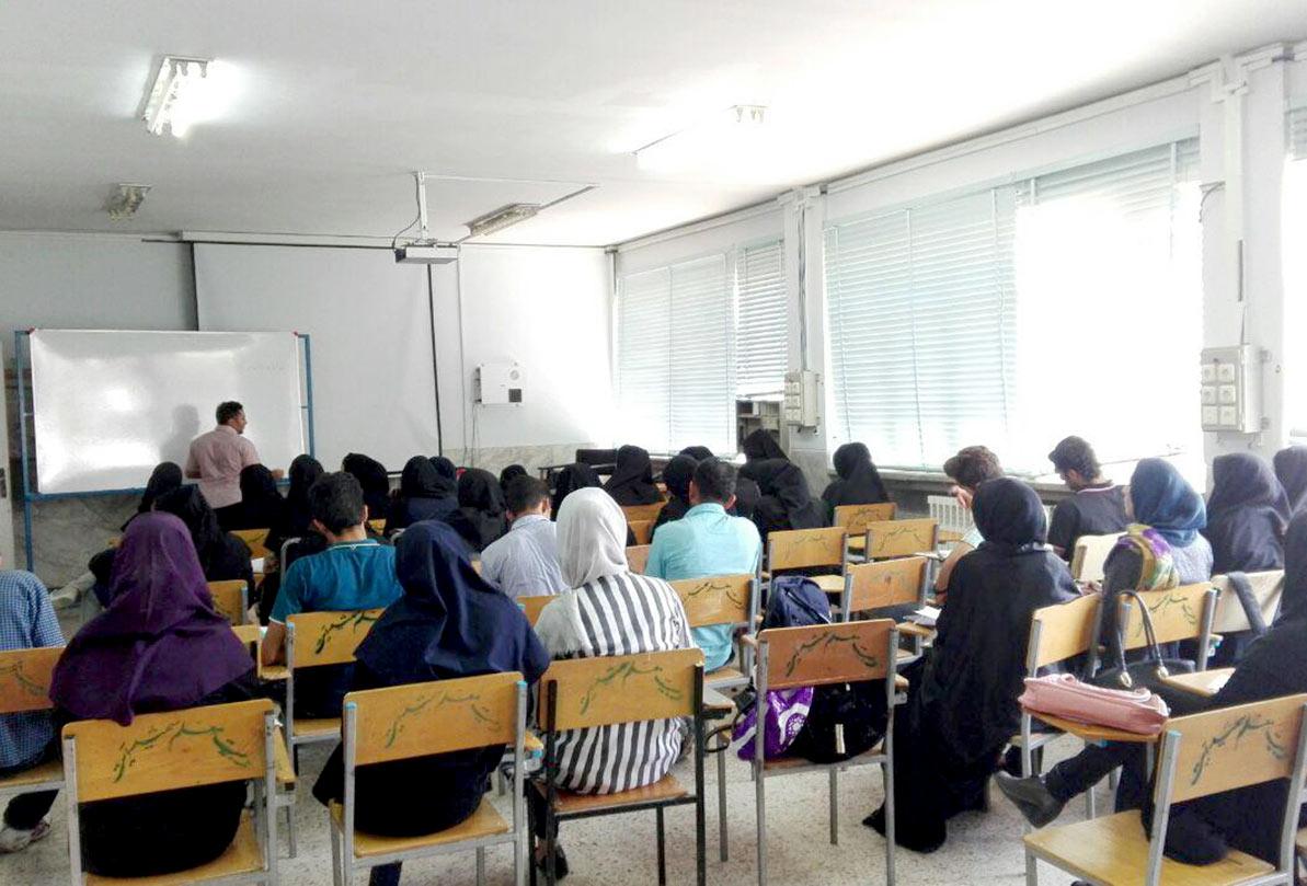 تدریس رشته «روزنامه نگاری» در دانشگاه پیام نور سیرجان ادامه دارد