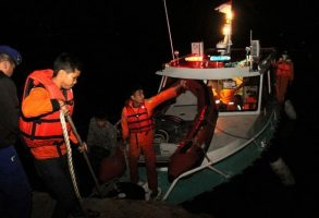 ۳۰ مفقودی در آتشسوزی کشتی اندونزیایی
