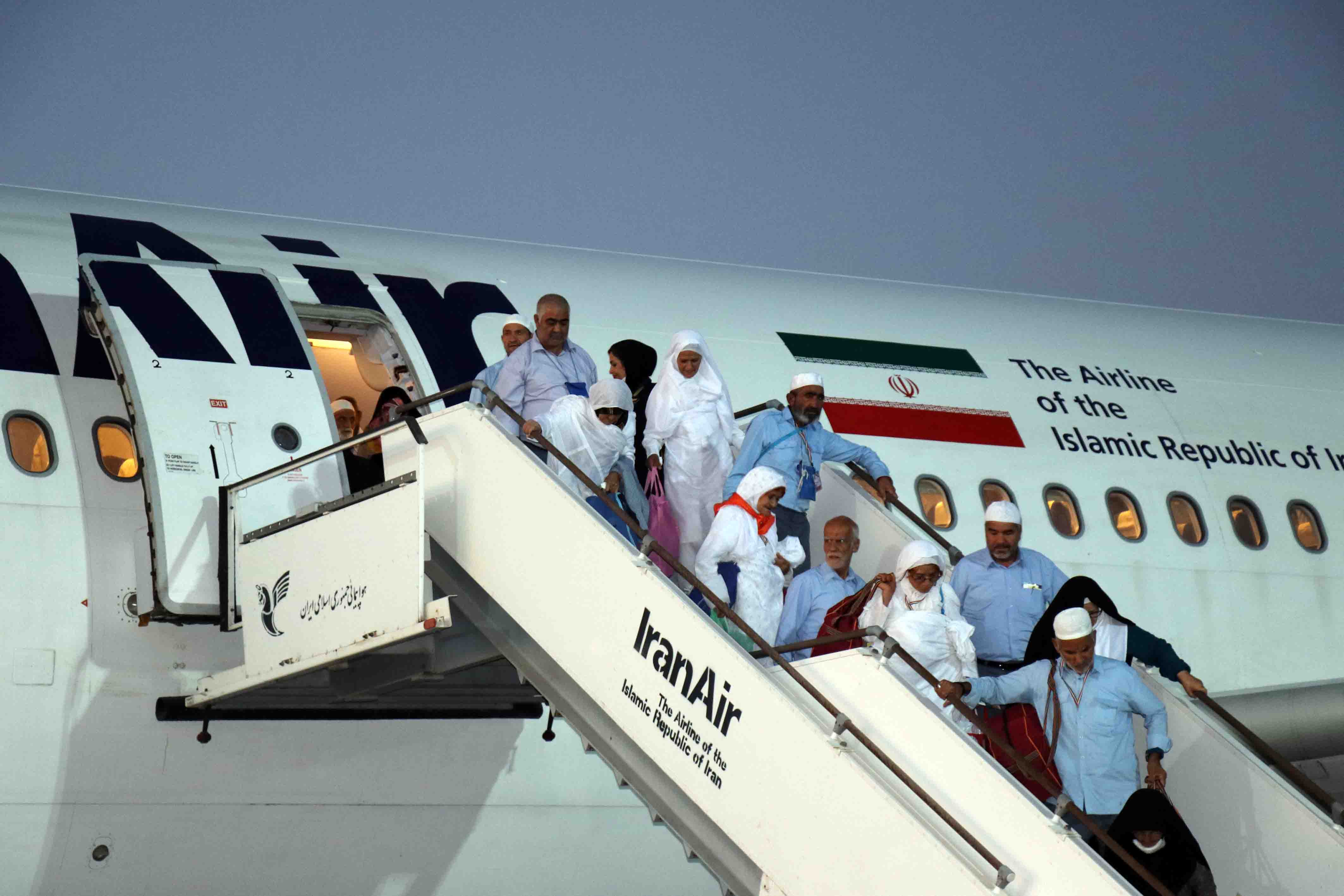 بازگشت ۱۷ هزار حاجی به ایران؛ گزارشی از تاخیر پرواز نداشتیم