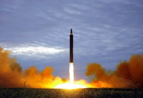 کره شمالی دو موشک جدید پرتاب کرد