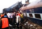۱۶ کشته در تصادف دو قطار در بنگلادش