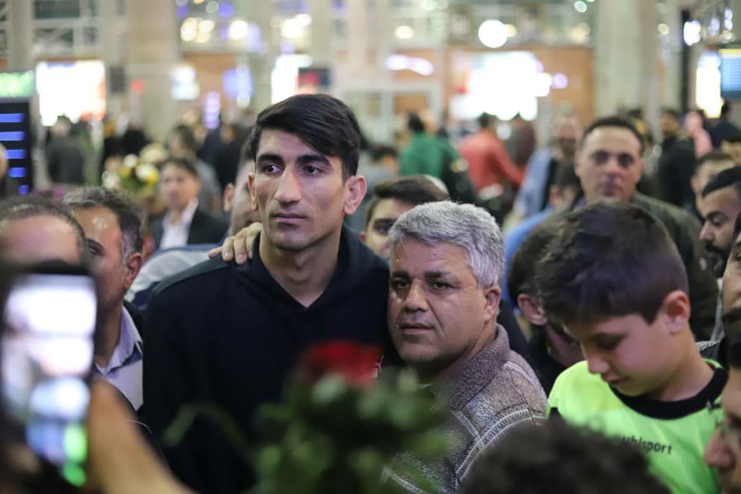 بیرانوند با استقبال سرخها به تهران رسید