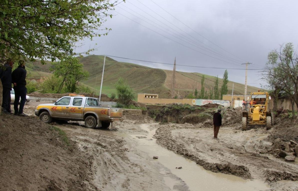 راه ارتباطی ۱۱۴ روستای استان کرمان قطع است