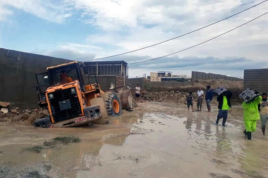 خسارت بارندگی به راههای روستایی شهرستان بافت/ورود آب به منازل در روستاها