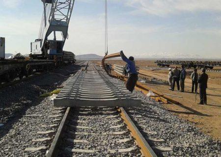 خط ریلی «سیرجان- کرمان» تا ۲ سال آینده راه اندازی می شود